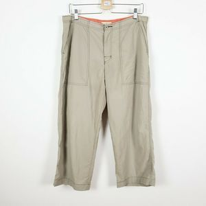 ROYAL ROBBINS 12 Army Green Cropped Hiking Pants